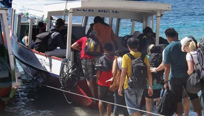 Public Boat Transfers To Gili Islands